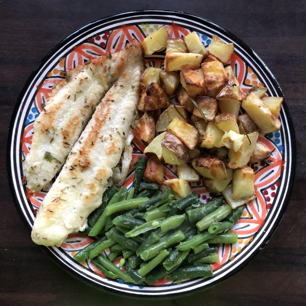 Tilapiafilets, aardappelen en sperziebonen